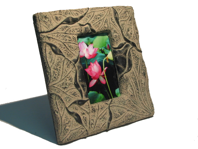 Photo Frame - Lilly Leaves